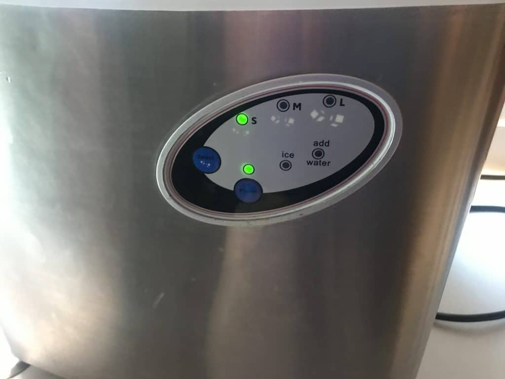 Start the ice cycle of the ice maker